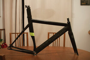 17Teeth Evo Frameset + Spares 56cm fixie frame bike carbon aero