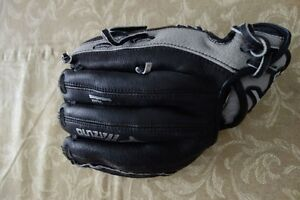 Kids Leather Right Handed Baseball Glove