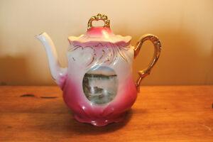 Old Niagara Falls Souvenir Tea Pot