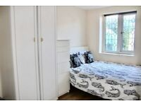 RENT Single Room available in Winchmore Hill area just off Church Street EDMONTON