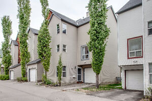 Great 4 Bedroom Townhouse in Bridlewood-only $314,000