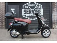 2015 64 PIAGGIO VESPA PRIMAVERA 125 3V BLACK ***SMOKED SCREEN, TOP BOX***