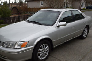 TOP OF THE LINE 2001 TOYOTA CAMRY XLT
