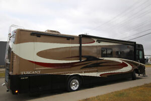 2007 Thor Tuscany 4076 Front Kit 3Slide 350HP Deisel Pusher