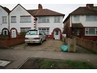 4 bedroom house in staines road , HOUNSLOW, TW14