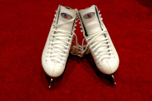 Riedell Figure Skates White for Youth - Size 4.5