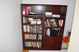 2 Bibliothèques couleur acajou en mélamine