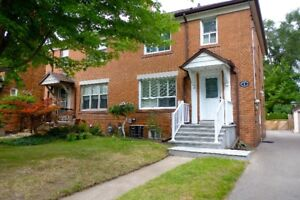 Stunning Three Bedroom Home Near Jane & Annette!
