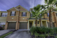 Beautiful 3 bd townhouse in Reunion Resort - 4 miles from Disney