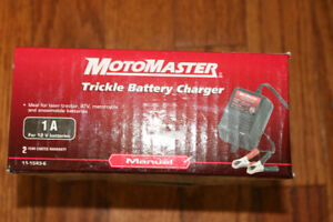 Battery Trickle Charger, 1 amp / 12 Volt , New / unused