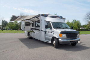 Winnebago 29' Cambria Itasca