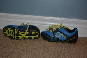 Kids (youth) Size 10 Soccer Cleats