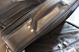 "Mobile Edge MEB 15"" Premium Laptop Briefcases Kitchener / Waterloo Kitchener Area image 8"