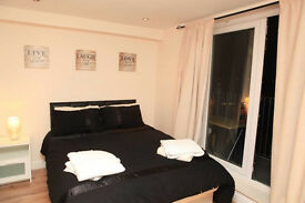 ROOMS AVAILABLE Now in (Zone 1) All bills included