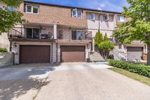 RENOVATED 2 Storey Townhouse! OPEN HOUSE SUN 2-4!