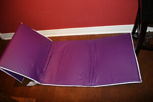Keanall Fitness Excersise Mat. Brand New. Never used. Yoga.