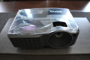 Projecteur BenQ MW516 Neuf - WXGA - DLP - 1280 x 800 - 2800 Lum