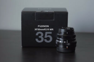 Fuji XF 35mm F2 R WR Lens (black)