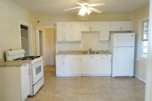 Newly renovated LARGE apartment for rent Welland