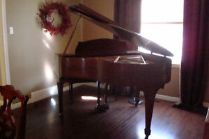 BEAUTIFUL BABY GRAND PIANO FOR SALE, Stratford Kitchener Area image 1