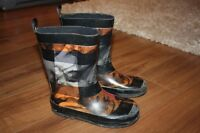 Boys rubber boots size 11 Moncton New Brunswick Preview