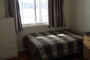 Nice Room Available Aug 1 in Eagle Ridge