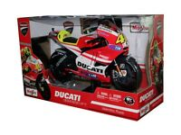 DUCATI DESMOSEDICI GP 11 MOTORCYCLE DIE CAST V. ROSSI 1/6 #46 BY MAISTO