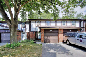2-Storey Condo Townhouse 3+1 Bed / 2 Bath / Fin Bsmnt