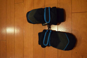 Blue/Grey ThermoLite Mittens size 12-24