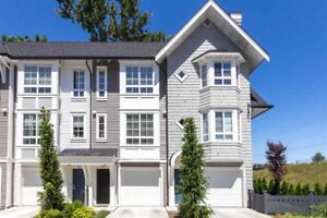 MODERN! 3 Bedroom Townhouse in Langley (Willoughby) for rent.