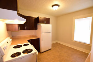 2 Bedroom ALL INCLUSIVE Close to Oulton's College Downtown
