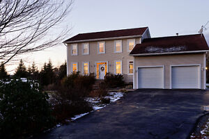 Welcome to 63 Carmel Crescent Haliburton Hills