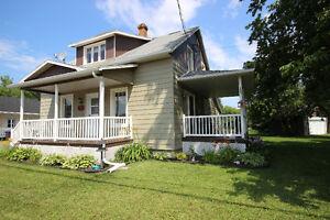 Cottage entièrement rénové