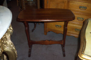 TABLE RECTANGLE NOYER, ANTIQUE