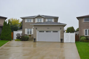 House for Sale- Hamilton Mountain 2 Storey  4Bdrm Avail Immed