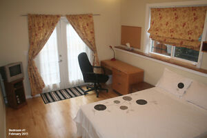 Deluxe XL room in ESL share suite - AVAIL MAY 1, 2016