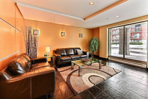 2 Bedrooms Condo for sale  in Pointe-Claire near all services!
