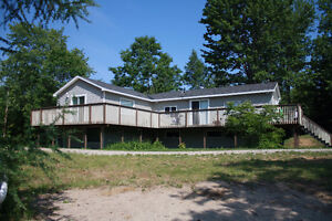 Short term house for rental on Muskoka River until May 31/2017