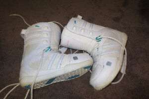 Womens K2 Snowboarding boots size 7.5