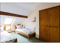 Twin Bedroom - Stunning Beach House Share - Llansteffan