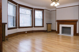 Newly renovated 3 bedroom, 1.5 bath apartment - available May 1