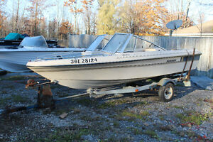 16 FOOT BOWRIDER BOAT ONLY NO TRAILER NO MOTOR 1985 $395