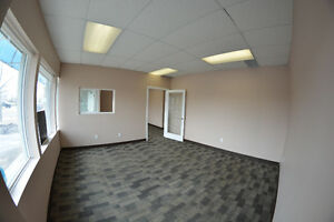 2400 sqft. Retain Space on Parson's Rd. for Lease $3000 OBO