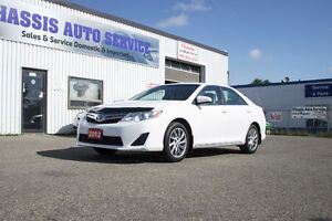 2012 Toyota Camry LE NAV package, LOW KMS, ACCIDENT FREE! $13499