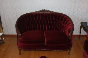 Living Room Set ( 3 pcs ) French Style Couch,Love Seat & Chair ) London Ontario image 2