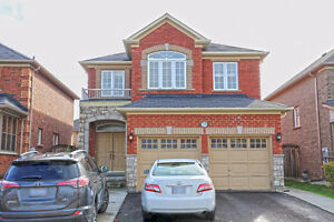 4 Bedroom 2.5 Bathroom Spacious House For Rent in Brampton London Ontario image 1