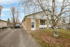 214 Beechy Dr, Richmond Hill. FOR SALE by The Curtis Goddard Tea