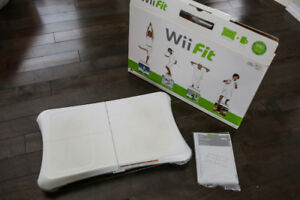 Nintendo Wii Fit Balance Board with Game + Original Box