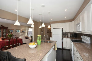 Move to This Beautiful Home in Meadowvale Mississauga