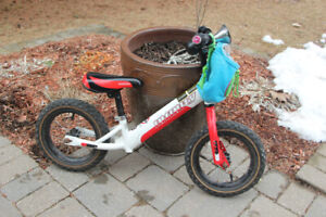 Infinity balance running bike for sale - In excellent condition